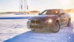 BMW i4, eccola durante i test ad Arjeplog