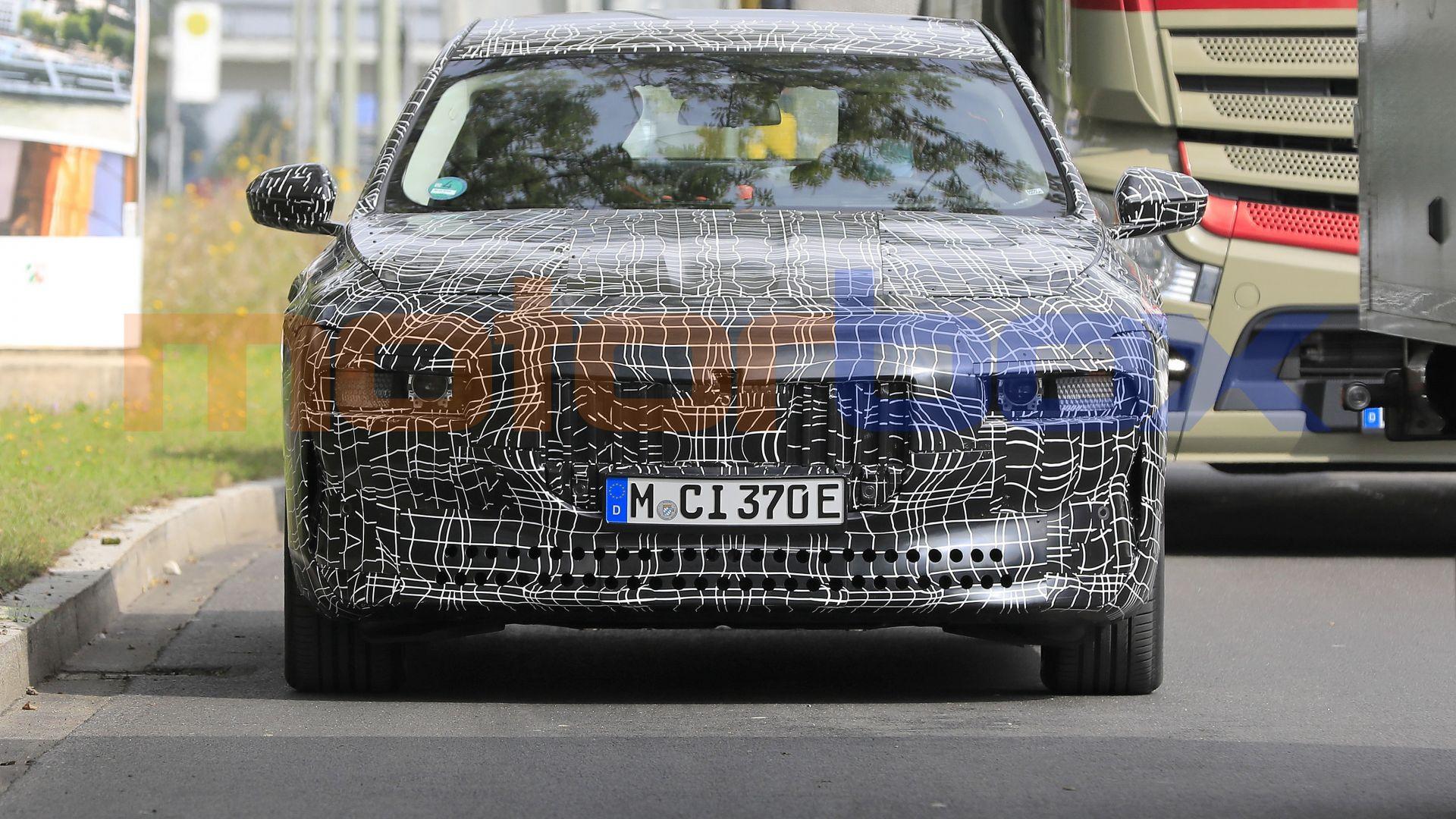 2022 - [BMW] i7 688497-16x9-lg