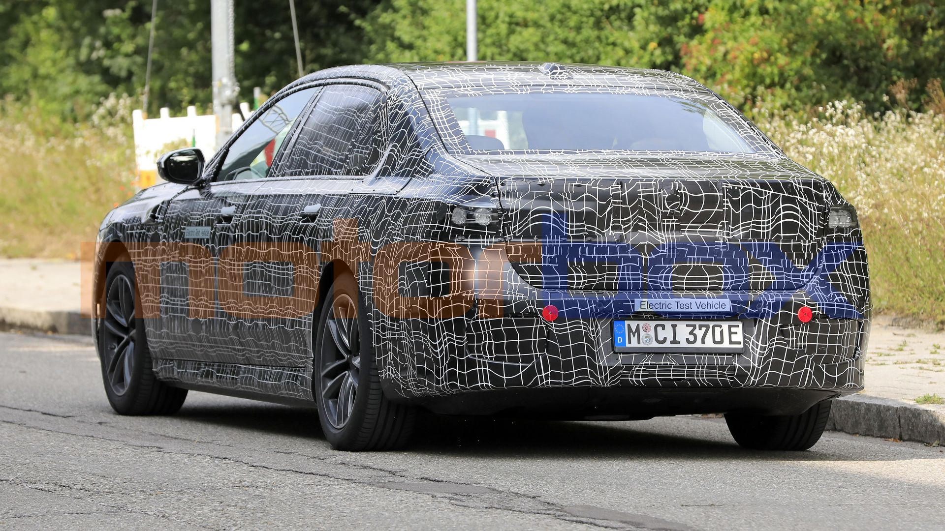 2022 - [BMW] i7 688496-16x9-lg