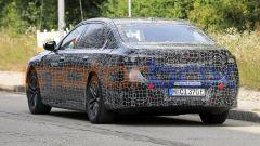 BMW i7, il posteriore