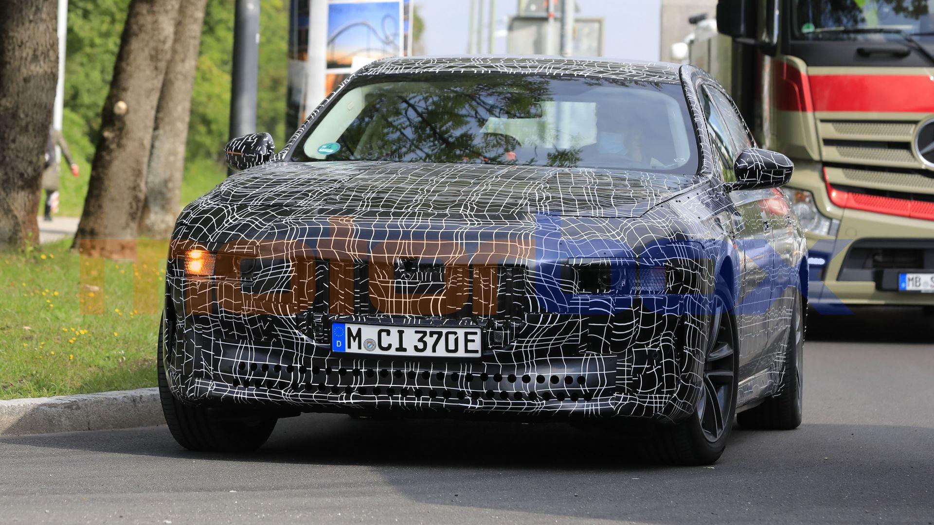 2022 - [BMW] i7 688485-16x9-lg
