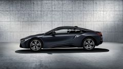 BMW i8 Protonic Dark Silver Edition, visuale laterale