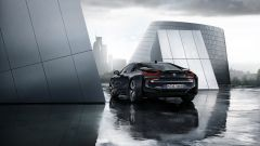 BMW i8 Protonic Dark Silver Edition, visuale posteriore