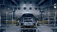 BMW i8 Roadster impegnata negli ultimi test