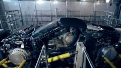 BMW i8 Roadster montata sul test rig