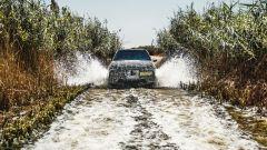 BMW iNext nel deserto