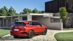 BMW iX: 3/4 posteriore
