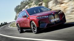 BMW iX: data di lancio e scheda tecnica del SUV elettrico tedesco
