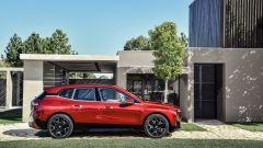 BMW iX: laterale