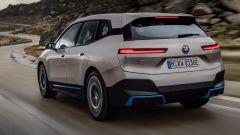 BMW iX, dal web pioggia di critiche. La risposta è geniale - Immagine: 5