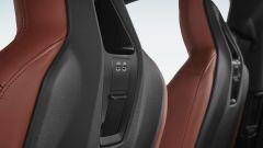 BMW iX xDrive40: le prese USB nei poggiatesta