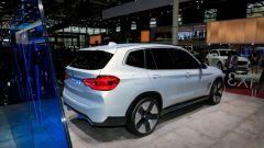 iX3 Concept: le foto del futuro Suv elettrico da Parigi 2018 - Immagine: 20