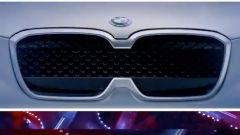 BMW iX3, il teaser prima del lancio al Salone di Pechino 2018