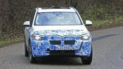 BMW iX3: continua lo sviluppo del SUV elettrico - Immagine: 10