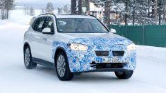 BMW iX3: continua lo sviluppo del SUV elettrico - Immagine: 2