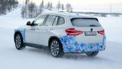 BMW iX3: continua lo sviluppo del SUV elettrico - Immagine: 19
