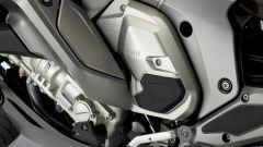 BMW K 1600 GTL 2017, sportello portaoggetti chiuso
