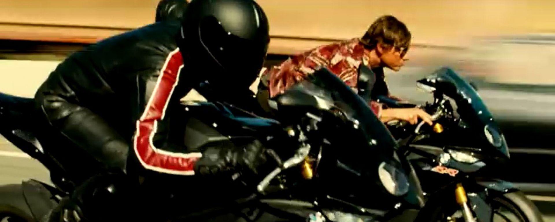 BMW: la S1000 RR star con Tom Cruise