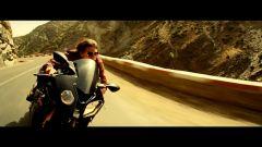 BMW: la S1000 RR star con Tom Cruise - Immagine: 11