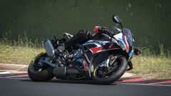 BMW M 1000 RR: la prova video in pista a Vallelunga