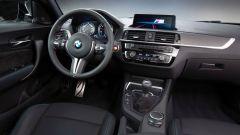 BMW M2 Competition: ora insidia anche le grandi con 410 cv - Immagine: 24