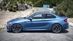 BMW M2 Coupé: vista laterale