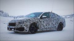 BMW M2 Gran Coupé: le foto spia della nuova versione attesa nel 2019  - Immagine: 1