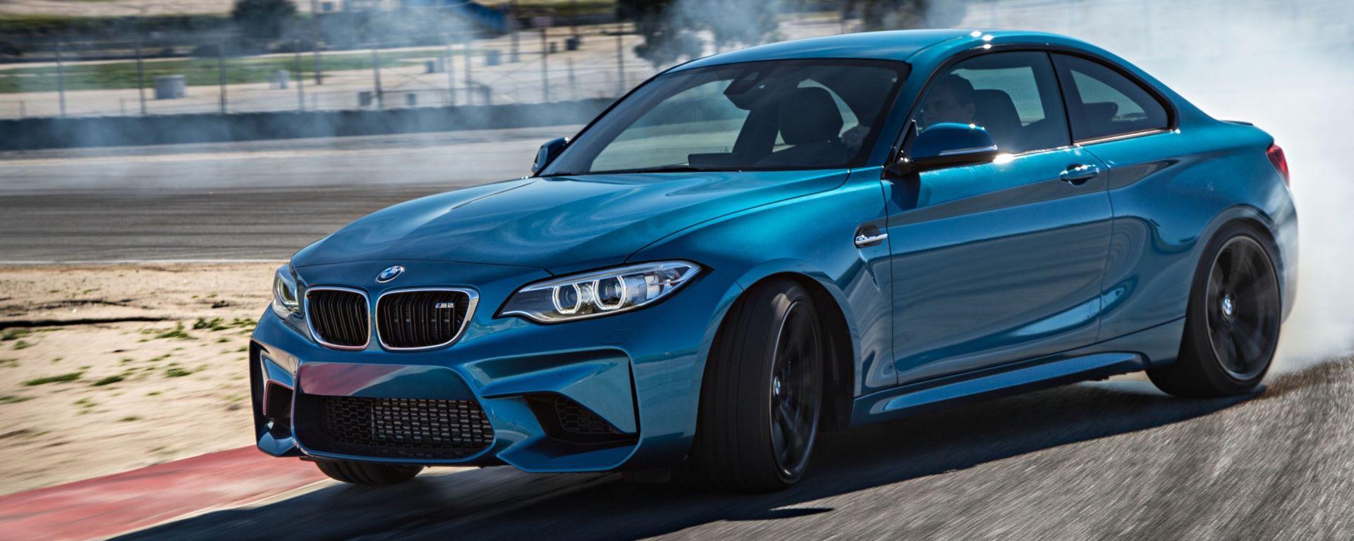 BMW M2 Coupé: prova in pista all'Hungaroring. Guarda il video.