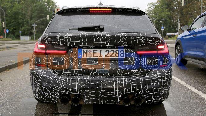 BMW M3 Touring, i terminali di scarico
