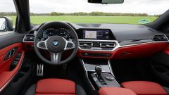 BMW M340i xDrive Touring, gli interni