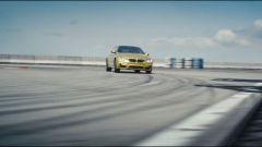 BMW M4: drifting in alto mare - Immagine: 8