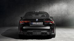 BMW M4 Competition Coupé: il posteriore con i 4 tubi di scarico