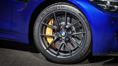 BMW M4 CS: dettaglio dei pneumatici Michelin Pilot Sport Cup 2