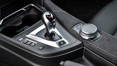 BMW M4 CS: il cambio è il doppia frizione M DKG a 7 rapporti