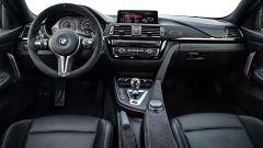 BMW M4 CS: la plancia