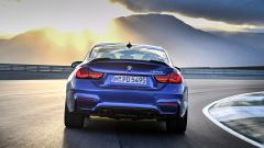 BMW M4 CS: vista posteriore