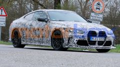 Nuova BMW M4 CSL: prime foto spia, ultime news su motore e uscita
