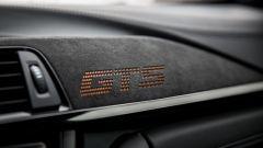 BMW M4 GTS: gli interni sono rivestiti in Alcantara