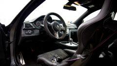 BMW M4 GTS: sedili monoscocca in carbonio e tante altre modifiche in abitacolo