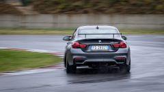 BMW M4 GTS: sterzo precisissimo e molto comunicativo
