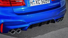 BMW M5 2017: dettaglio dei 4 scarichi
