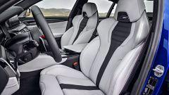 BMW M5 2017: i sedili anteriori