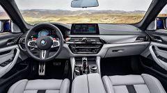 BMW M5 2017: la plancia