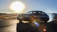 BMW M5 M xDrive 2017: prova, caratteristiche, dotazioni, prezzi e foto