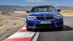 BMW M5 2017: vista frontale