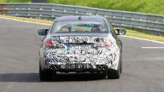 BMW M5 2021, foto spia: vista posteriore