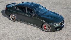 BMW M5 CS 2021, 3/4 anteriore dall'alto
