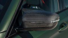 BMW M5 CS 2021, carbonio anche per le calotte degli specchietti