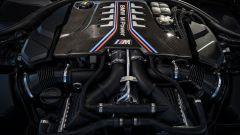 BMW M5 CS 2021, il motore V8 Twin Turbo da 4,4 litri