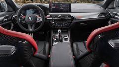 BMW M5 CS 2021, panoramica degli interni
